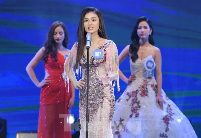 Nu sinh DH Nam Can Tho dang quang Hoa khoi Sinh vien Viet Nam-Hinh-21