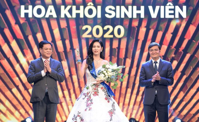 Nu sinh DH Nam Can Tho dang quang Hoa khoi Sinh vien Viet Nam-Hinh-22