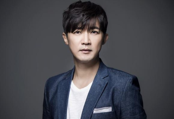Ahn Jae Wook khen Ngo Kien Huy gia gai qua dinh trong phim moi