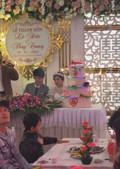 Chu re 2k3 buon ba trong dam cuoi vi bi ep lay vo 29 tuoi-Hinh-3