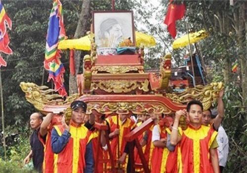 Vua Ham Nghi giau 1.000 thung vang o cho nao ?-Hinh-2