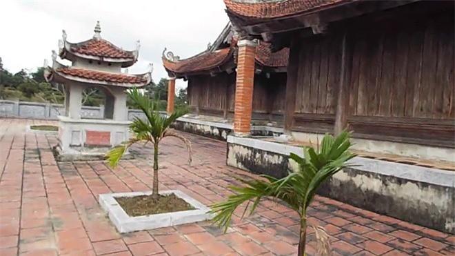 Vua Ham Nghi giau 1.000 thung vang o cho nao ?-Hinh-7