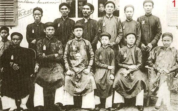Vua Ham Nghi giau 1.000 thung vang o cho nao ?-Hinh-9