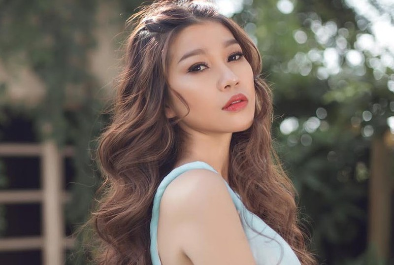 Truong Bao Nhu len an nam ca si phu bac va tra xanh tro tren-Hinh-4