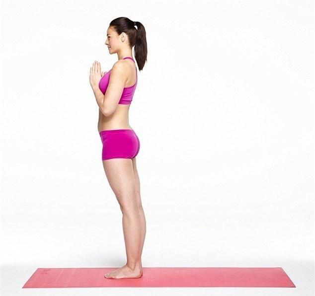 Mach ban 10 buoc tap Yoga giup bung phang-Hinh-2