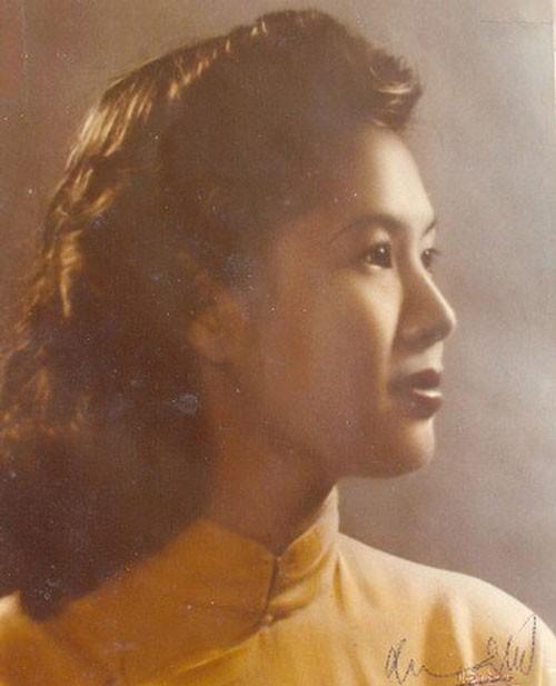 Nguoi phu nu khien Bao Dai nuot loi voi Hoang hau Nam Phuong la ai?