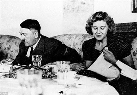 Tiet lo ve nhung gio phut cuoi cung cua trum phat xit Hitler
