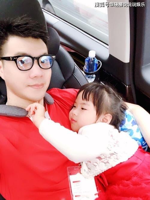 Huynh Dich: Bi chong danh den phai ngoi xe lan-Hinh-4
