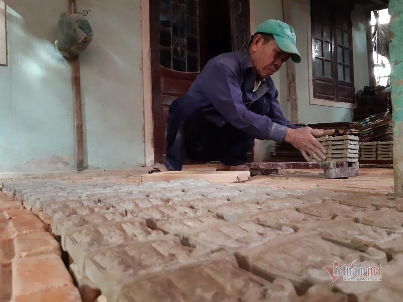 Moi nam mot dot, ca lang hoi ha nan tuong ong Cong ong Tao-Hinh-3