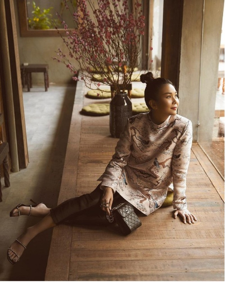 1001 sac thai ao dai my nhan Viet can Tet