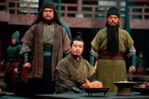 Nhan vat ha duoc 2 nguoi trong Ngu ho tuong Tam Quoc la ai?