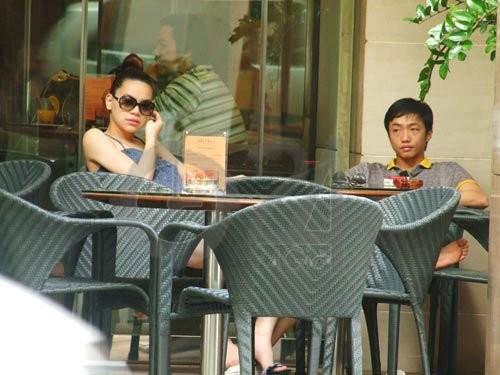 Thai do hoan toan khac biet cua Ha Ho trong lan sinh no thu 2