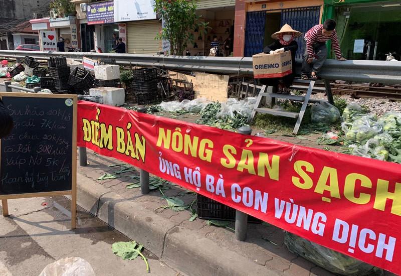 Dan Ha Noi chung tay giai cuu rau xanh cho nong dan Hai Duong-Hinh-5