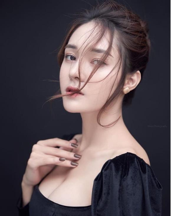 Huynh Phuong dinh tin don hen ho voi hot girl xinh dep-Hinh-11