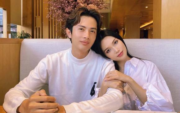 Huynh Phuong dinh tin don hen ho voi hot girl xinh dep