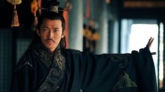 Tai sao Ton Quyen khong truy phong Ton Sach lam hoang de?-Hinh-3