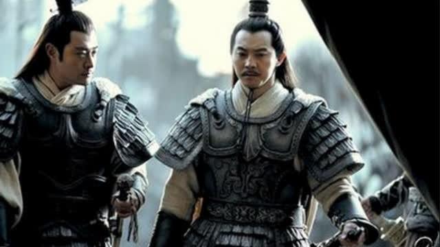 Tai sao Ton Quyen khong truy phong Ton Sach lam hoang de?