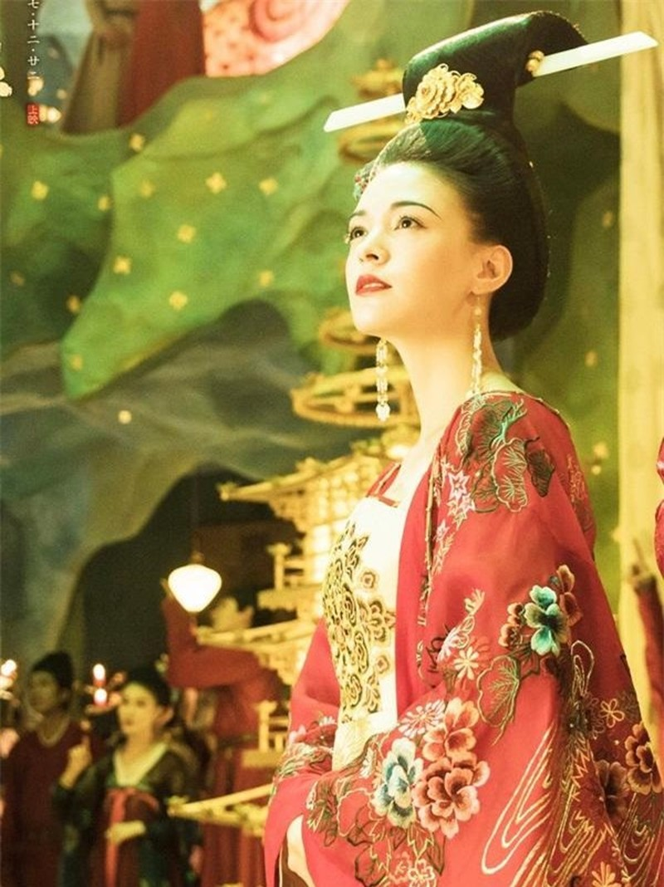 Tuyet chieu phong the cua my nhan Trung Hoa xua khien dan ong me dam