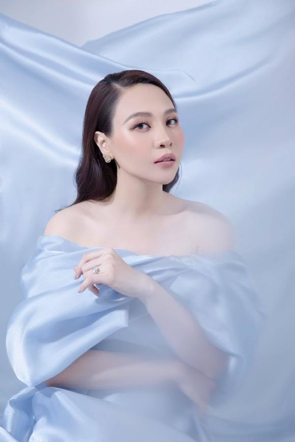 Sau sinh Dam Thu Trang boi bo bang