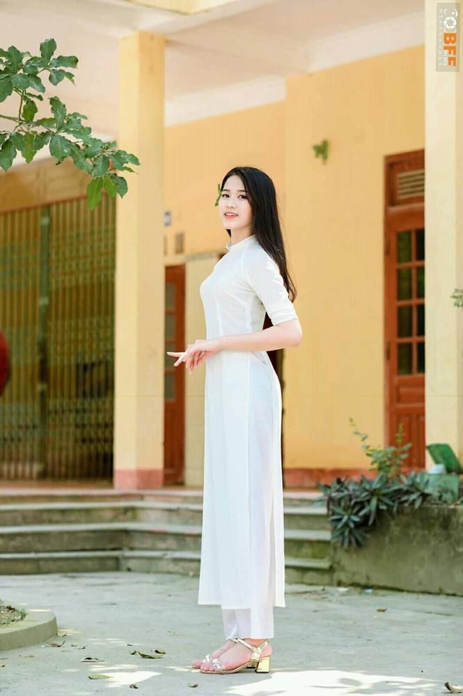 Loat anh thoi hoc sinh cuc de thuong cua Hoa hau Do Thi Ha-Hinh-8