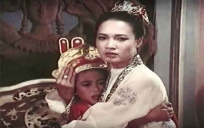 Trinh Sam hoan lac, si me de Dang Thi Hue long hanh the nao?-Hinh-2