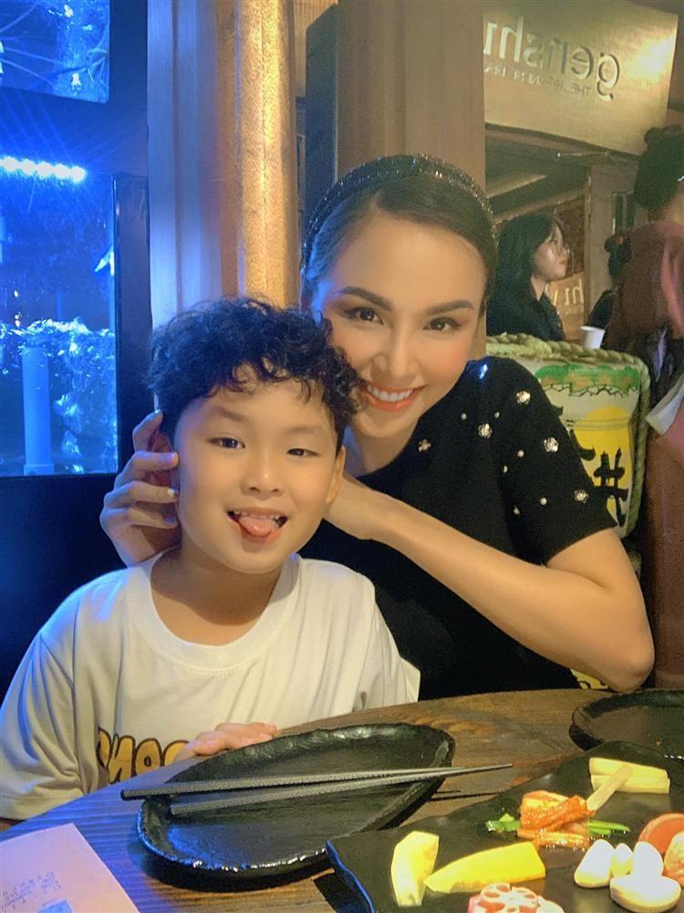 Lo bang chung hoa hau Diem Huong ly hon chong thu 2-Hinh-5
