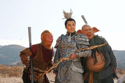 Duong Tien luon cam thay ho then vi lam dieu nay voi Ton Ngo Khong-Hinh-3