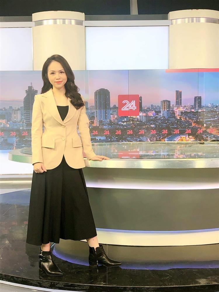 Profile khong phai dang vua cua BTV Thu Hien-Hinh-2