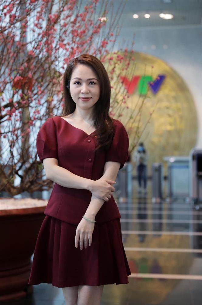 Profile khong phai dang vua cua BTV Thu Hien