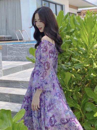 Dang Thu Thao dang hinh o resort, ve dep khien dan tinh dien dao