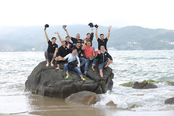 MC Lai Van Sam tuoi 64: Doi chau muoi giup ba con vung que ngheo-Hinh-3