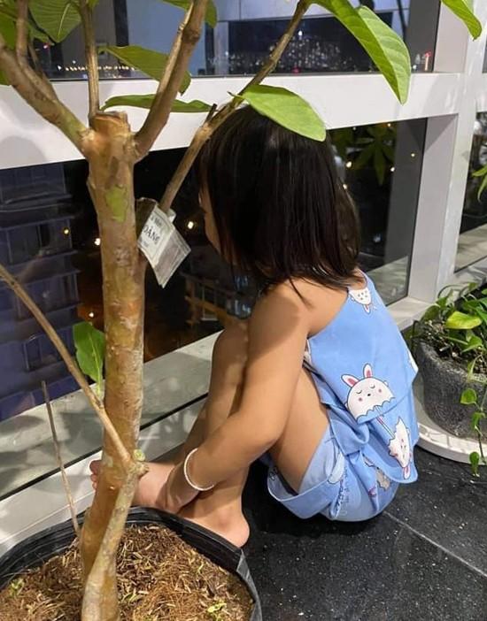 Xuan Lan bi moc mia vi khoc thuong con nuoi Do Manh Cuong