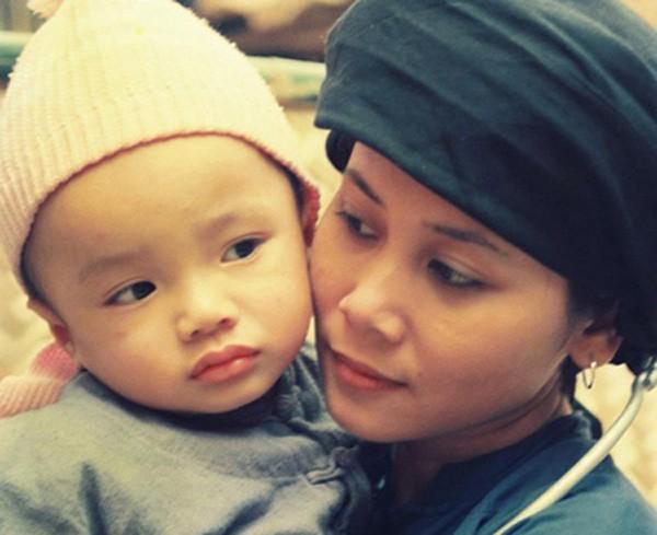 NSND Minh Hang: Tai hoa hiem gap nhung duong chong con lai khong may man-Hinh-2
