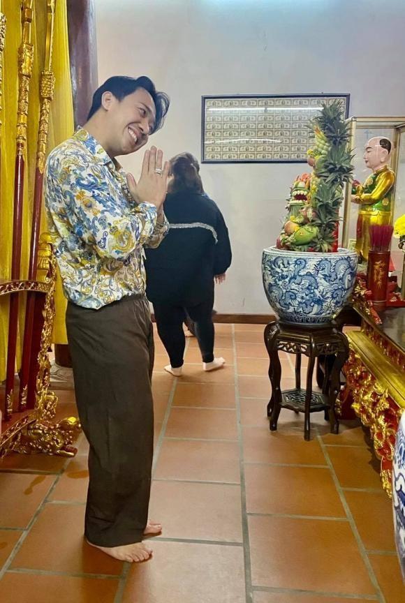 Den nha tho to cua Hoai Linh, Tran Thanh khien cu dan mang cuoi bo-Hinh-3