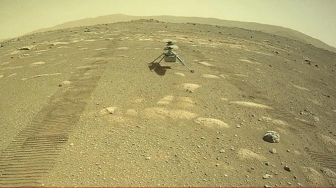 Truc thang cua NASA ha canh thanh cong tren be mat sao Hoa