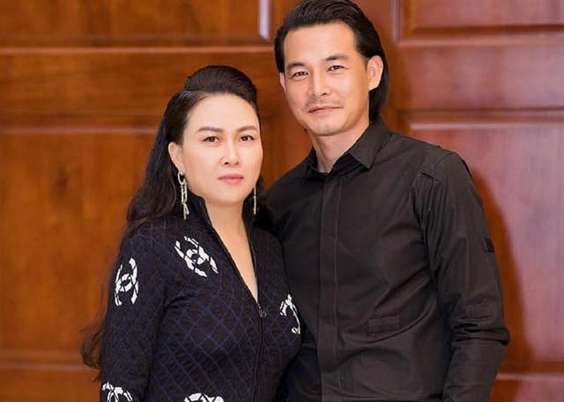 Quach Ngoc Ngoan noi doi viec dang ky ket hon voi Phuong Chanel-Hinh-2