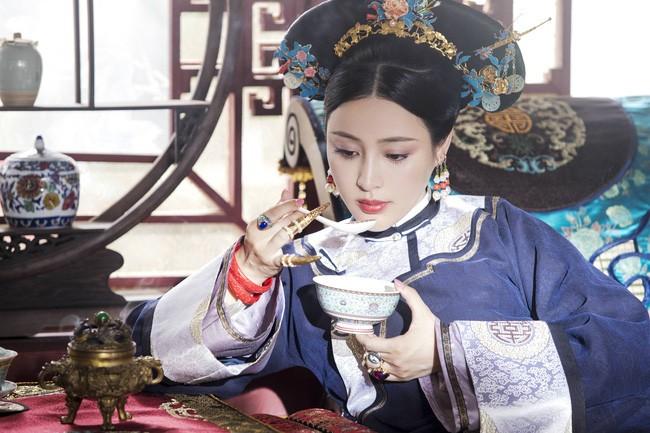 Sung phi song qua 4 doi Hoang de la ai?-Hinh-2