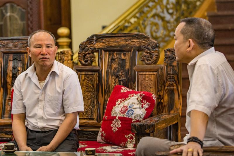 Kham pha toa lau dai mau vang tu thiet ke cua ong chu lo gach-Hinh-10