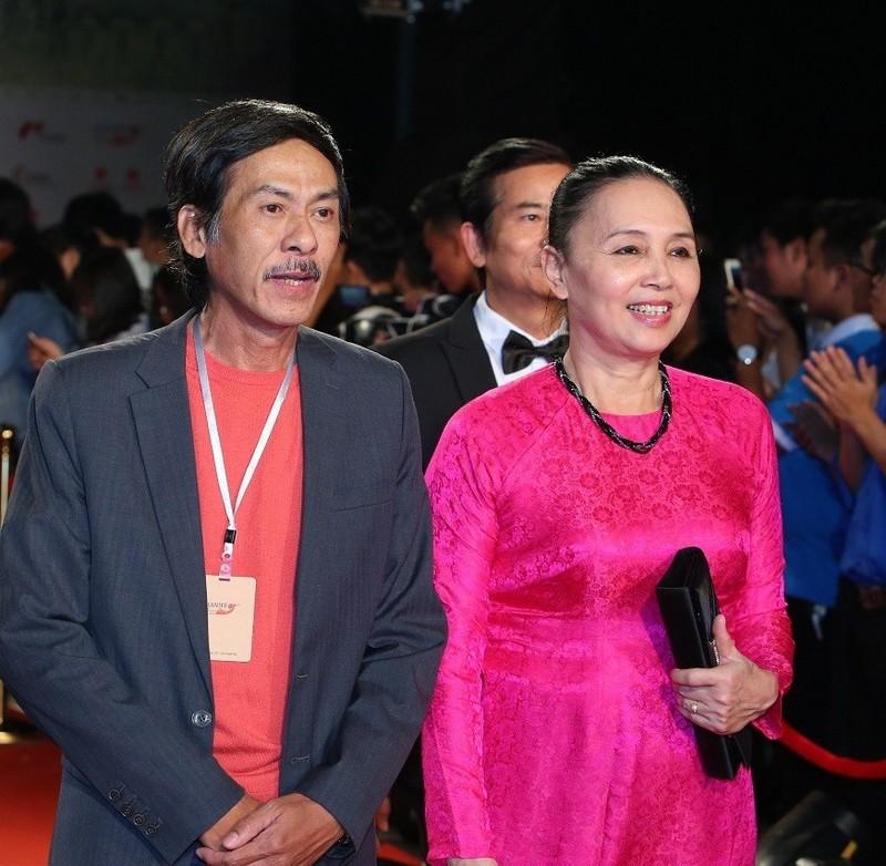 NSND Bui Bai Binh tuoi 65 song an vui ben vo-Hinh-2