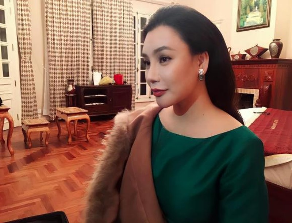 Loat anh moi nhat cua Ho Quynh Huong sau quang thoi gian song kin tieng-Hinh-5