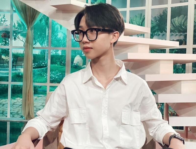 Cau be duoc nghe si Thanh Loc goi la than dong gio ra sao?-Hinh-3