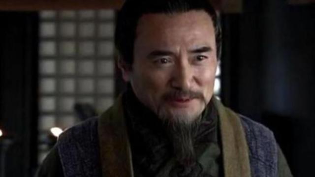 Co phai Luu Bi coi trong Ly Nghiem hon Gia Cat Luong?