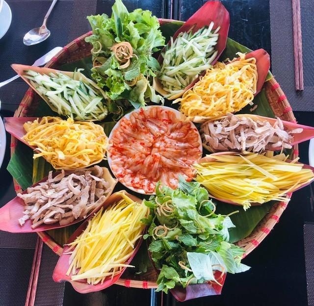 Trai buoi hong ruc nang 3,5 kg, gay sot thi truong-Hinh-3