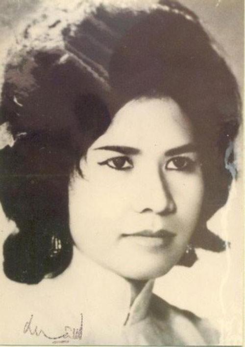 5 my nhan tuyet sac la tinh dich cua Nam Phuong Hoang Hau-Hinh-11