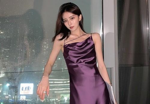 Phan boi ban trai lay thieu gia, hot girl Trung Quoc bi boc phot