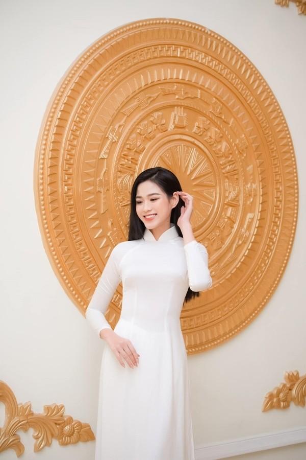 Hoa hau Viet Nam 2020 Do Thi Ha ngay cang goi cam-Hinh-11