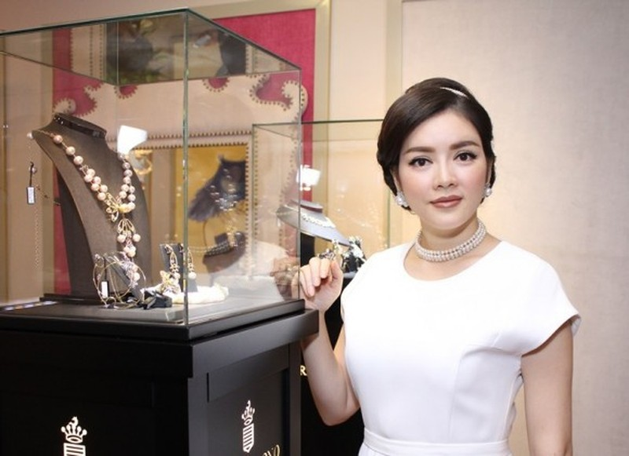 Mot ngay cua Ly Nha Ky: Sang lam sep, chieu di tham do-Hinh-3