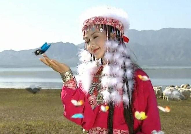 Mui huong quyen ru cua Ham Huong, nguoi duoc Can Long sung ai nhat