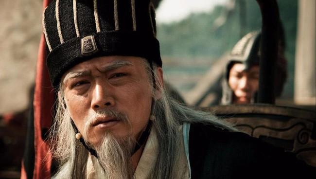 Truoc khi chet, Gia Cat Luong da nhan nhu Luu Thien 6 chu gi?-Hinh-2
