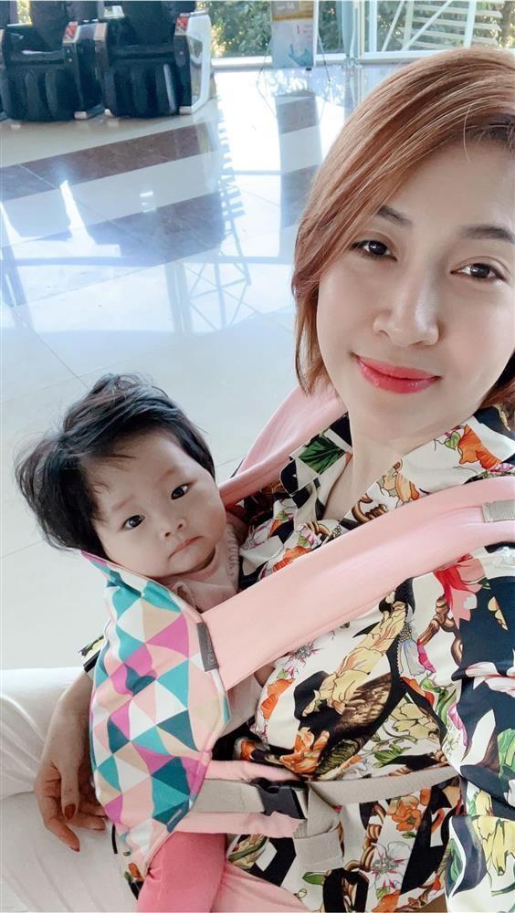 Khi con minh bi so sanh voi con Ha Ho, Dam Thu Trang phan ung sao?-Hinh-7